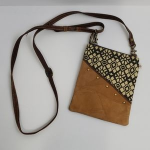 Upcycled VAAN & CO Crossbody leather/suede purse